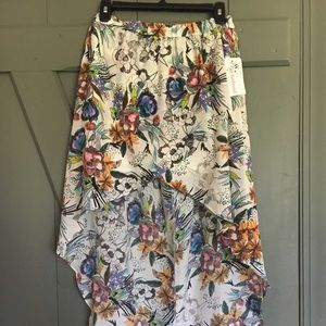 Joe Benbasset High/low floral skirt